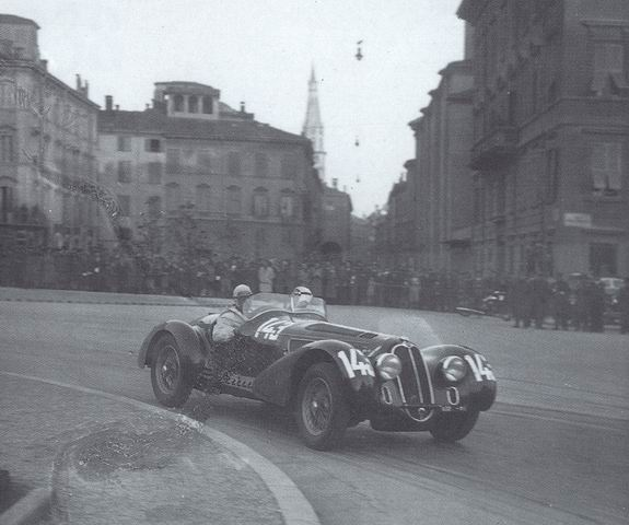 Ridimensiona Discansione on 1938 Alfa Romeo 8c 2900b